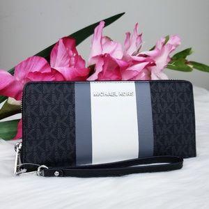🌺NWT Michael Kors LG Continental Wallet Black MK